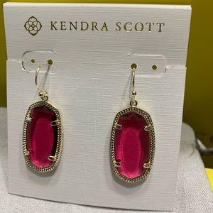 New Kendra Scott Gold Dani Earrings in Berry red